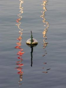 Bouée sur le lac Léman