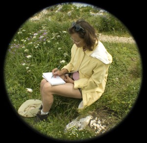 Débutante elle travaillait également sur les croquis de fleurs